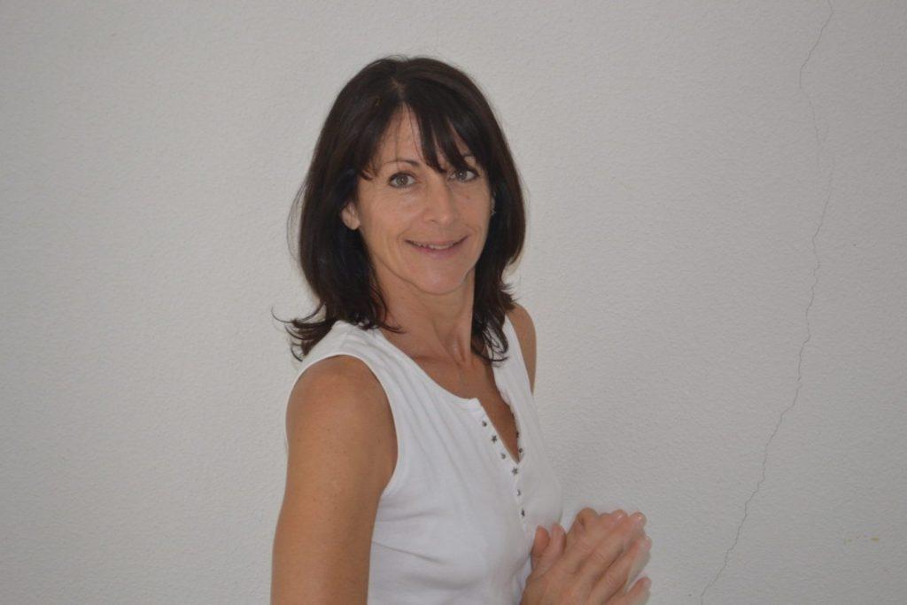professeur de yoga thérapie marie ange VITO